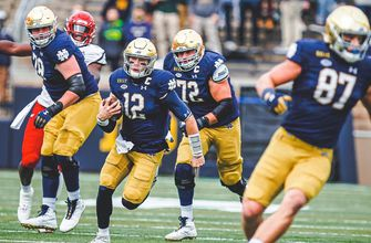 No. 4 Notre Dame gets scare from Louisville, holds on late, 12-7